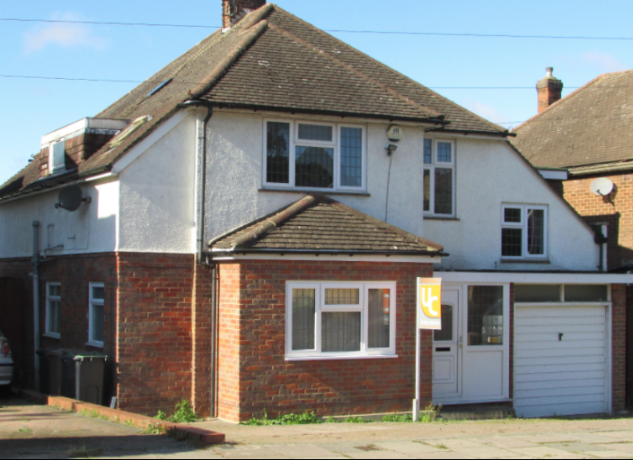 5 bedroom property for sale- Luton