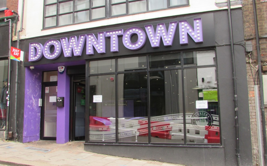 Studio bar/restaurant to rent in the heart of busy Luton town!