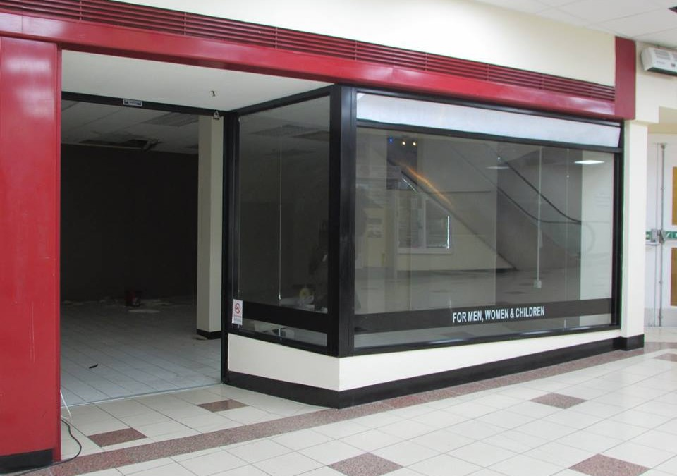 🔥🔥PRIME LOCATION🔥🔥 Retail Unit available to rent in the heart of the Luton Town Center, The Mall.